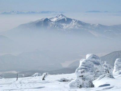 西吾妻山頂より磐梯山