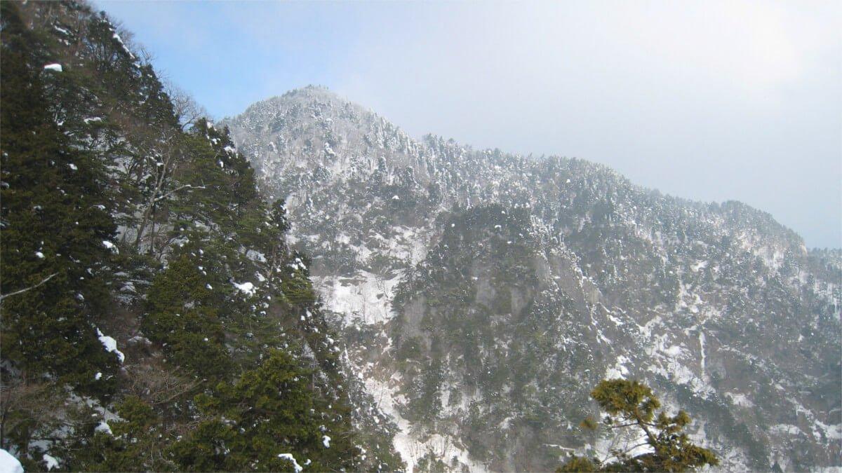 冬の大普賢岳