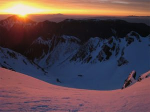 穂高岳の夜明け