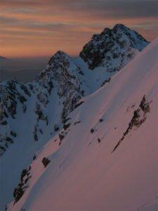 穂高岳の朝焼け