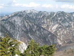 稲村ヶ岳から山上ヶ岳方面