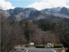「朽木いきものふれあいの里」から見た蛇谷ヶ峰