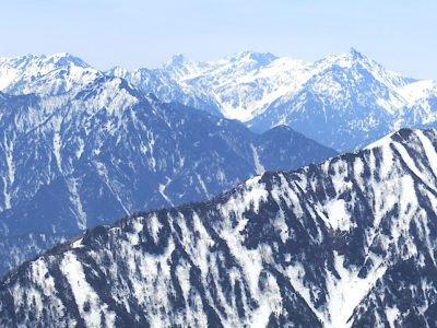 槍ヶ岳・穂高岳を望む