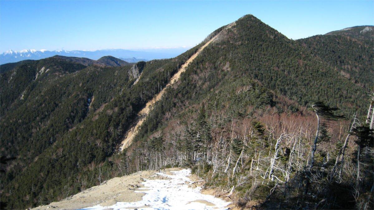 冬の甲武信岳