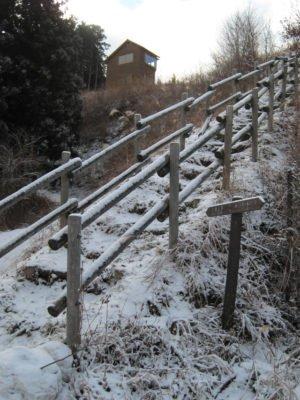 展望台下の階段