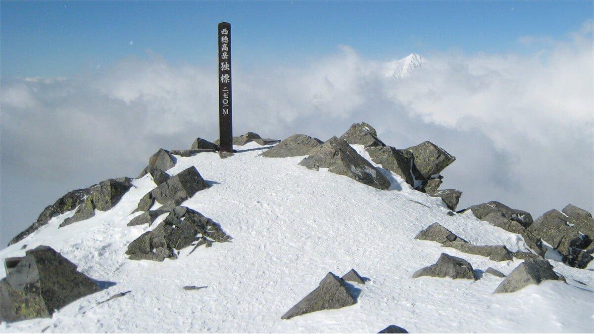 冬の西穂高岳独標