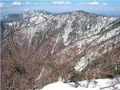 釈迦ヶ岳山頂より弥山、八経ヶ岳